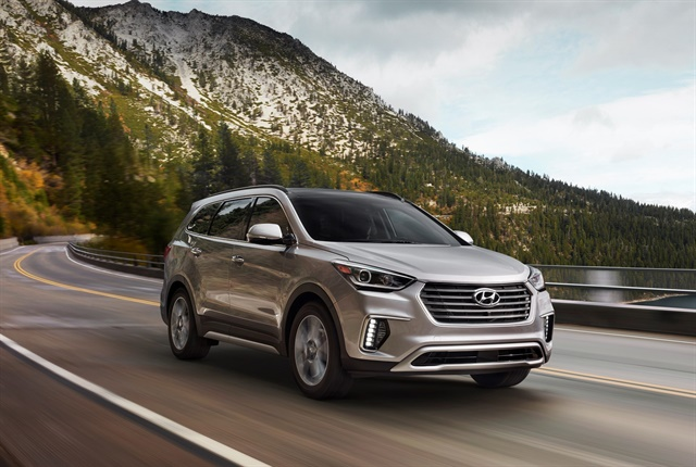 Photo of 2018 Santa Fe courtesy of Hyundai.