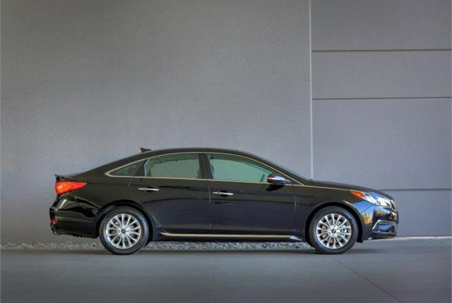 Photo of 2015 Sonata courtesy of Hyundai.