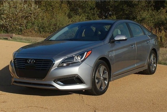 Photo Of The 2017 Sonata Hybrid Courtesy Hyundai