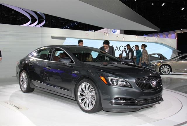 Photo of 2017 Buick LaCrosse by Paul Clinton.