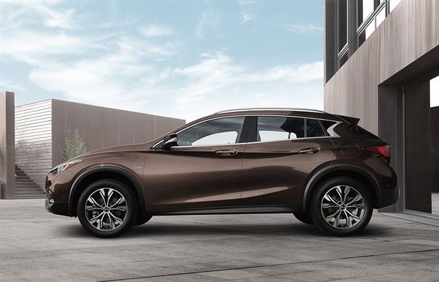 Photo of the 2018 QX30 courtesy of Infiniti.