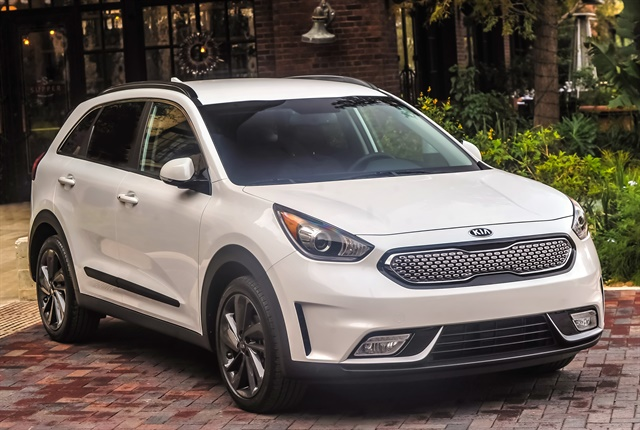 Photo of 2017 Niro Launch Edition courtesy of Kia.