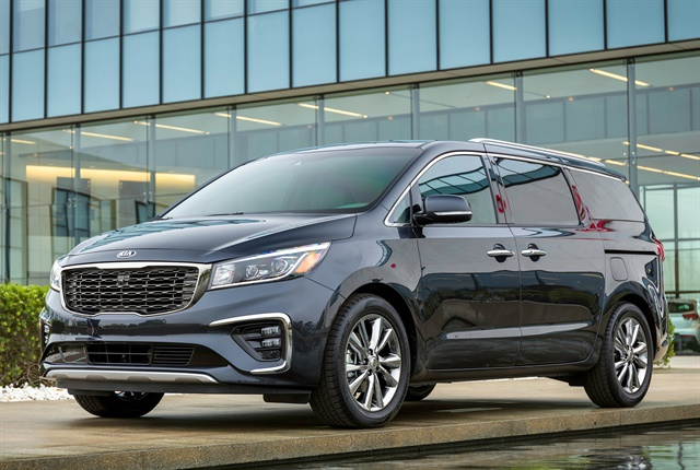 Photo of 2019 Sedona minivan courtesy of Kia.
