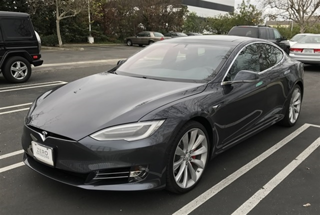Photo of the Model S courtesy of Andy Lundin