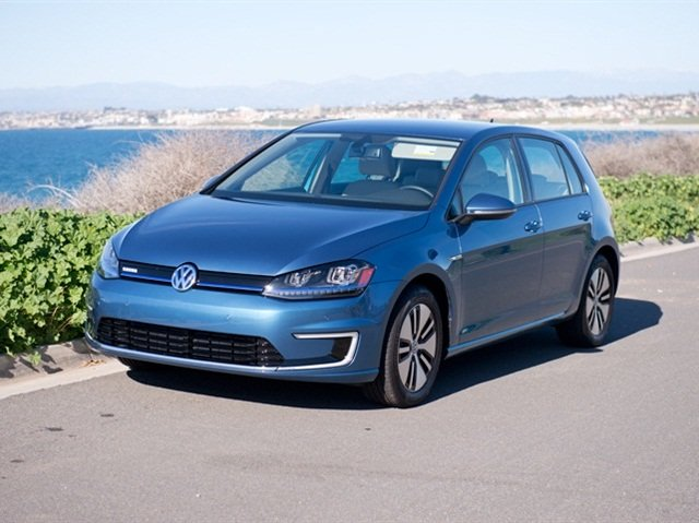 Photo of 2015 e-Golf by Vince Taroc.