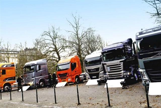 Photo courtesy ofthe European Automobile Manufacturers Association.