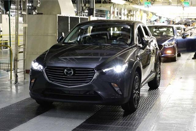 Photo of CX-3 production courtesy of Mazda.