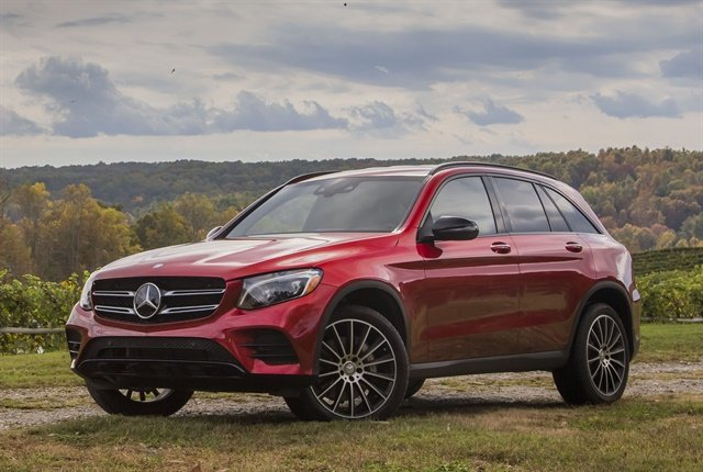 Photo of 2018 GLC300 courtesy of Mercedes-Benz USA.