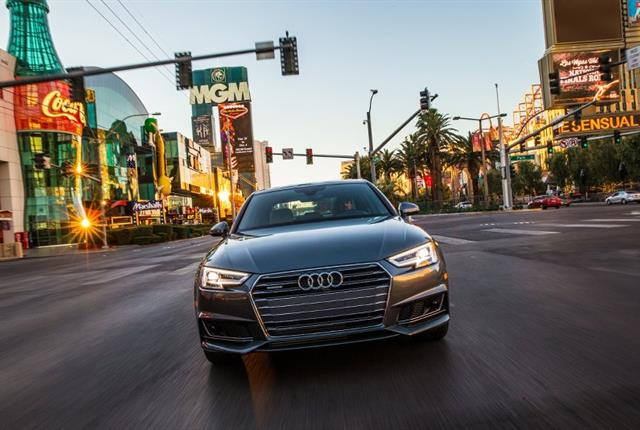 Audi Models To Display Traffic Light Phases In Las Vegas Safety - Audi las vegas