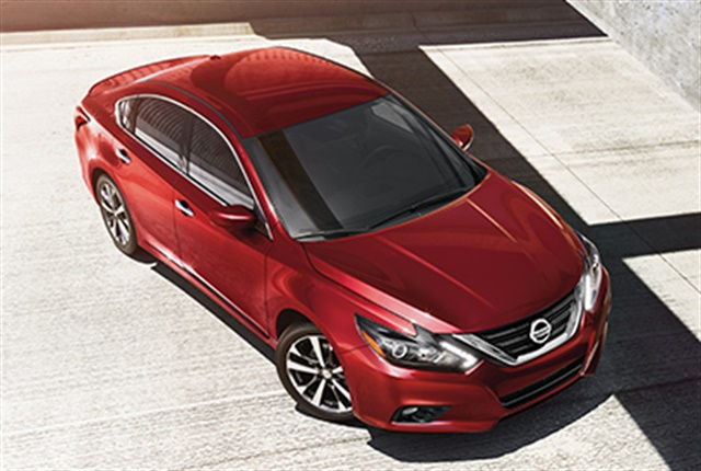 Photo of 2018 Altima courtesy of Nissan.