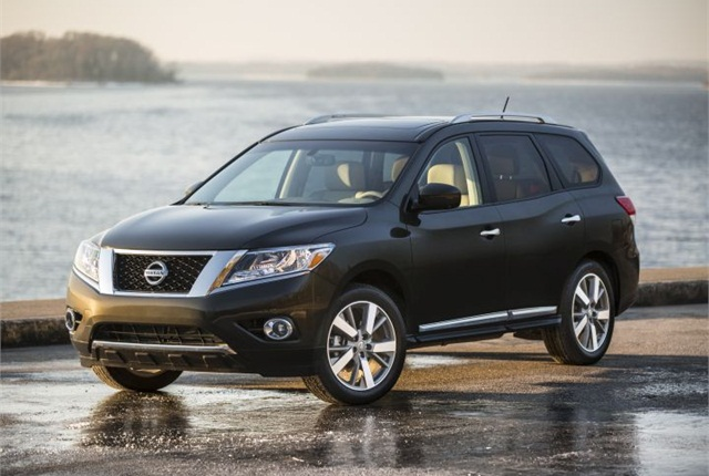Photo of 2015 Pathfinder courtesy of Nissan.