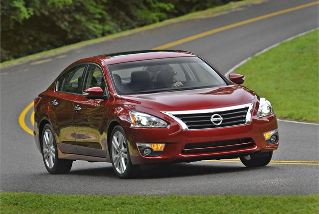 Photo of 2013 Nissan Altima courtesy of Nissan.
