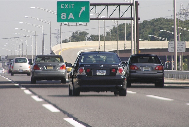 Photo of New Jersey Turnpike by Milaurenti/Wikipedia.