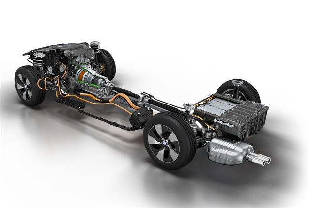 BMW 3 Series Plug-in hybrid prototype: Drive train. Photo courtesy of BMW.
