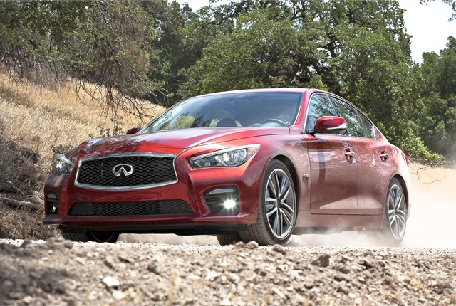 Photo of 2014 Infiniti Q50 Hybrid Sport courtesy of Nissan.
