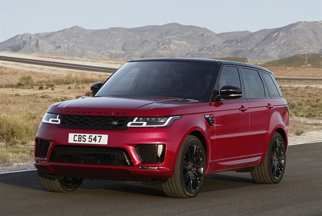Photo of 2018 Range Rover Sport courtesy of Land Rover.