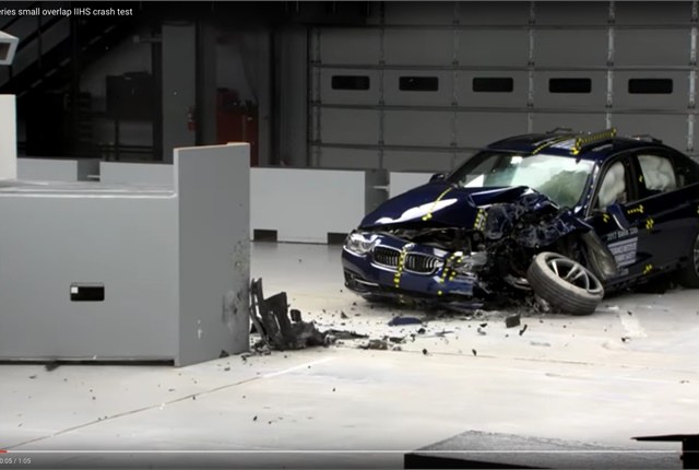 Bmw 3 Series Earns Top Safety Honor Safety Accident Automotive