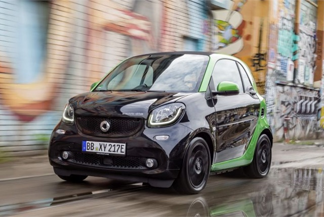 Photo of Smart Fortwo Electric Drive courtesy of MBUSA.