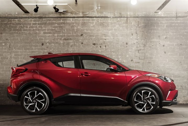 Photo of 2018 C-HR courtesy of Toyota.