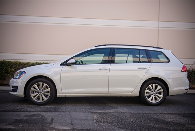Photo of 2017 Volkswagen SportWagen 4Motion by Vince Taroc.