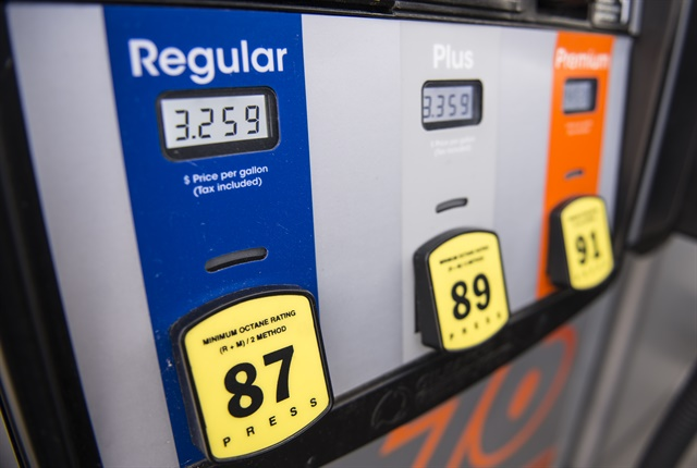 Gasoline Drops to $2.48 Per Gallon