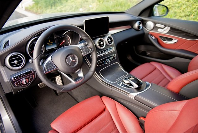 Wards Names 10 Best Vehicle Interiors Of 2015 Operations