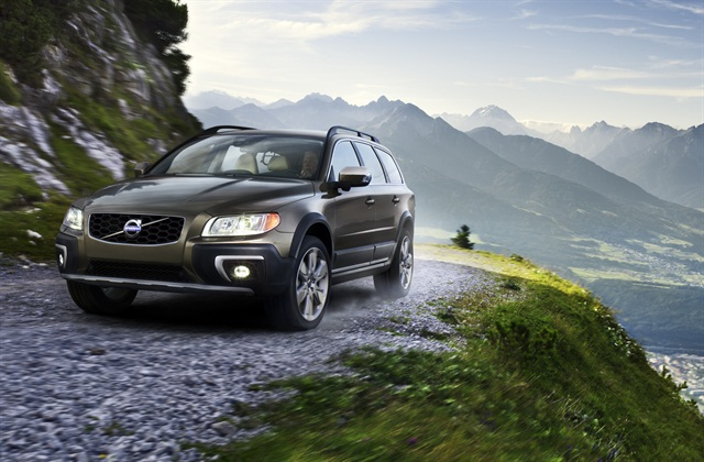 The 2014 model-year Volvo XC70 Crossover. Photo courtesy Volvo.