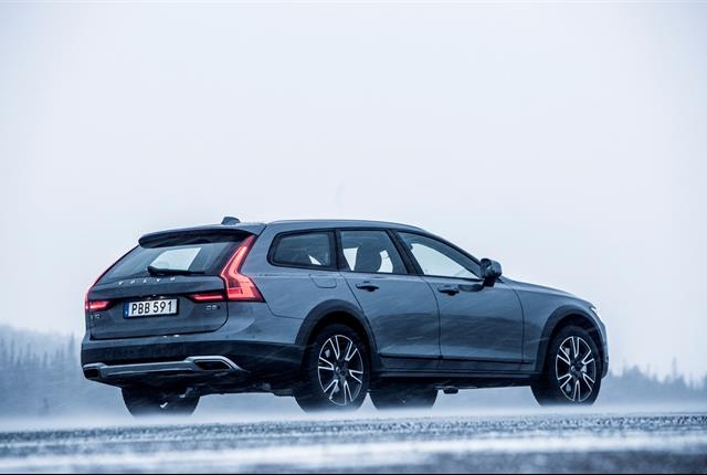 Photo of Volvo V90 Cross Country courtesy of Volvo.