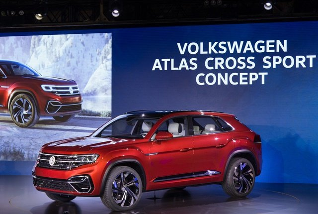 Photo of Atlas Cross Sport concept courtesy of Volkswagen.