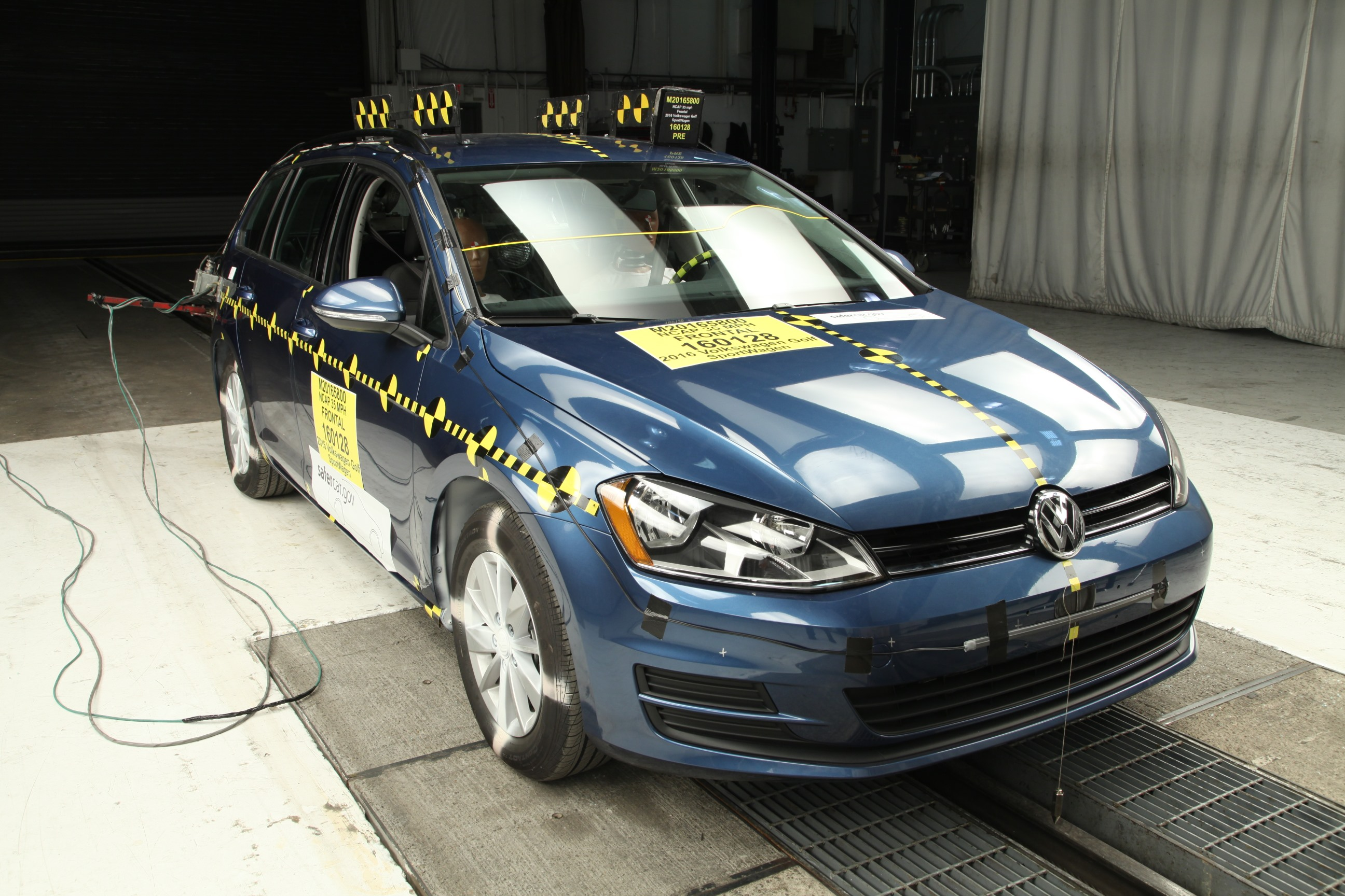 Volkswagen Golf Models Earn 5-Star Safety Ratings