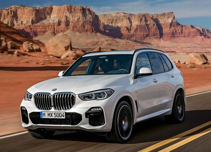 BMW's X5 enters its fourth generation in 2019 as a more spacious, off-road ready luxury midsize crossover.