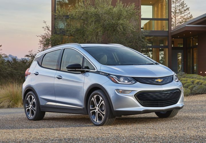 Photo of 2017 Chevrolet Bolt EV courtesy of GM.