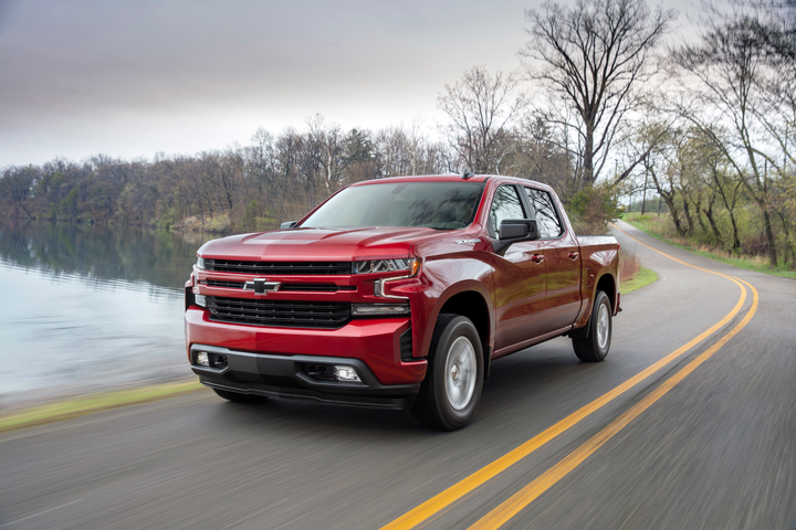 Photo of 2019 Chevrolet Silverado RST with 2.7-liter engine courtesy of General Motors.