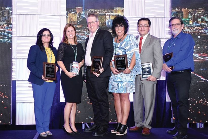 Fleet Visionary recipients accepting accepting their awards at the AFLA 2017 conference. - Photo courtesy of AFLA.