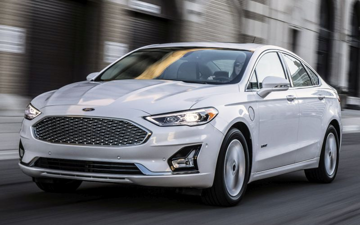 One commercial fleet plans to shift to compact SUVs following Ford's plan to phase out most of its passenger cars, including the Fusion (shown).