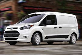 Compact Vans, Crossovers Fare Best at May Auctions