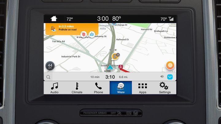 Photo of Waze navigation map on Ford SYNC 3 courtesy of Ford.