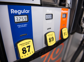 The national average price of gasoline increased to $2.85 with Hurricane Florence heading toward South Carolina and Virginia.