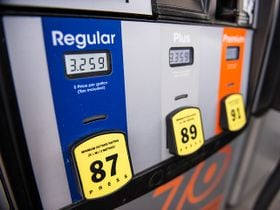 Gasoline Prices Flat Ahead of Thanksgiving Rush