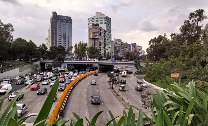 Octo Telematics partnered with auto insurance company, Qualitas, which has operations in Mexico, Latin America, and the U.S., to develop the telematics market in Mexico by leveraging Octo's driving behavior analytics in the commercial lines space. - Photo of a highway in Mexico City courtesy of Raul Morales via Pixabay.