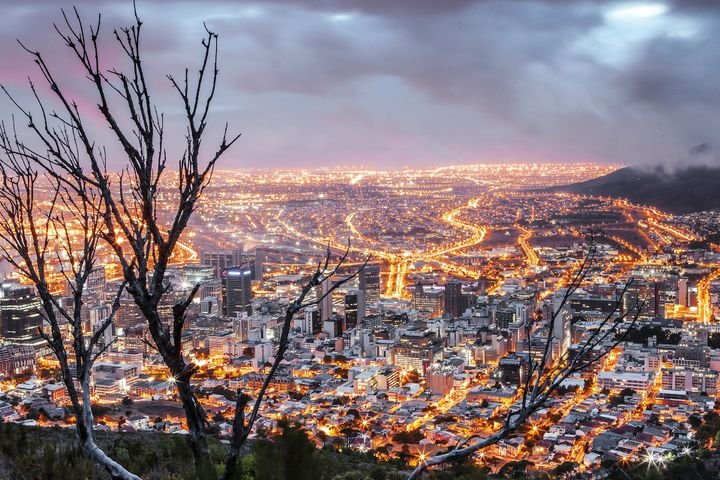 Photo of Cape Town, the capital of South Africa. - Photo courtesy of Pixabay.
