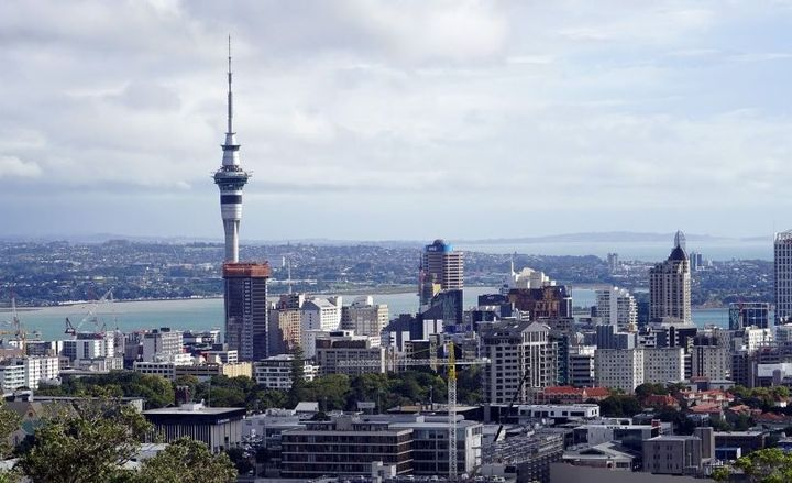 Photo of the Auckland, New Zealand skyline.