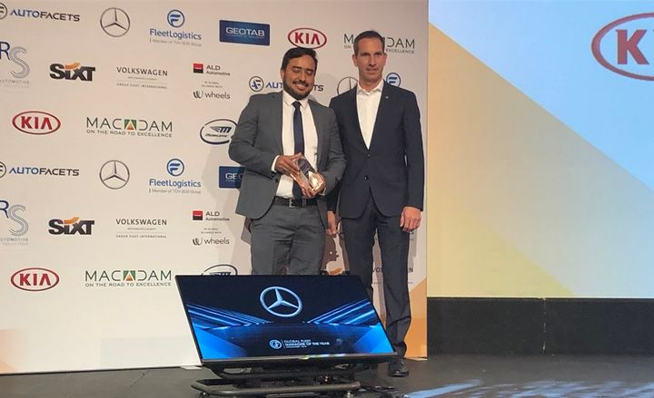 The winner of the 2019 Global Fleet Manager of the Year Award was Almy Sousa Magalhães (left), global strategic procurement executive for e-commerce, distribution, warehouse and fleet at Philip Morris International. Presenting the award to Magalhães was Stefan Herbert, senior manager international corporate sales PKW at Daimler AG.