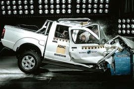 Nissan's NP300 Pickup Fails Safety Test