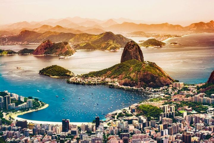 Production in the country rose by 29.9%, and was also driven by an increase in light vehicles (29.4%) and buses (31.6%) - Photo of Brazil via Pixabay.