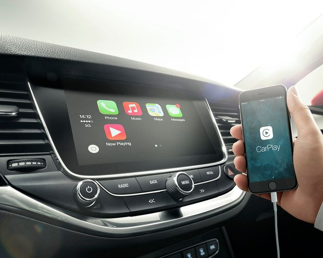 Both CarPlay and Android Auto systems generated a moderate level of demand while the built-in/native systems called for very high levels of demand. - Photo courtesy of Astra K - bestens vernetzt | Mit Opel OnStar, der jüngsten G via Flickr