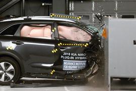 Kia Niro Hybrid Earns Top Safety Pick+