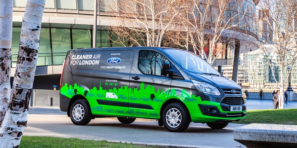 Photo of the Transit Custom plug-in hybrid electric vehicle in London courtesy of Ford.