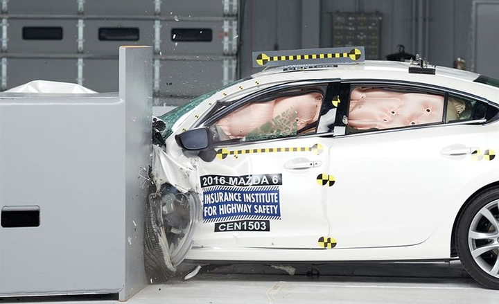 The 2018 Mazda6 achieved good ratings in five crash tests performed by the Insurance Institute of Highway Safety.