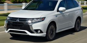 Mitsubishi to Offer Fleet-Only Outlander Plug-in Hybrid